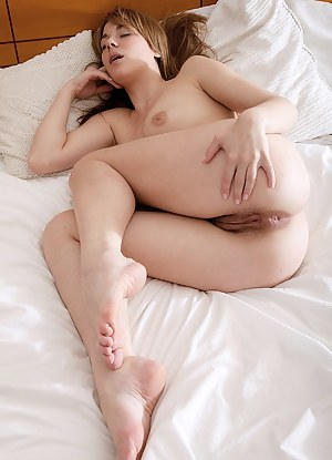 Sexy Girls Sleeping Porn Pictures