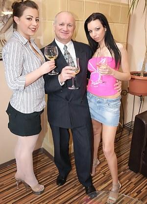 Sexy Drunk Girls Porn Pictures