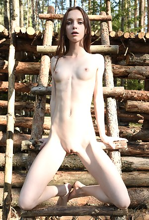 Sexy Skinny Girls Porn Pictures